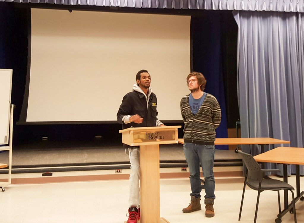 Bac Students Enjoy French Poetry Night